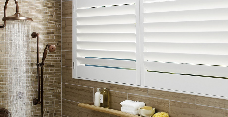 hunter douglas Palm Beach Shutters 3