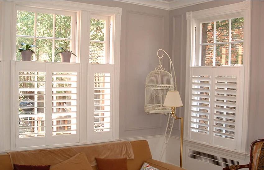California shutters cambridge kitchener graham 39 s and son for Vinyl vs wood exterior shutters